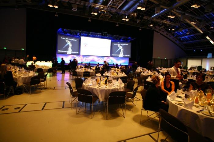 Gala Salonu, törenden önce
